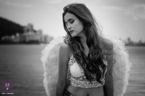 Minas Gerais Brazil Teen Photographer | Lifestyle Image contains: portrait, photoshoot, outdoor, session, solo, angel, girl, ocean, city, hair, black, white
