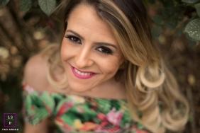 Lifestyle Woman Portraits in Macae Rio de Janeiro | Photo contains: lady, photo, dress, hair, smile, color, outside