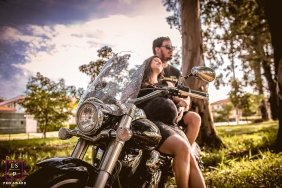 Sao Paulo Maternity Lifestyle Photos with Motorcycle | Image contains: couple, pregnancy, street bike, park, relax