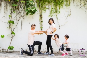 Maternity Photographer in Singapore | Lifestyle Image: Channeling some Love energy to the little brother