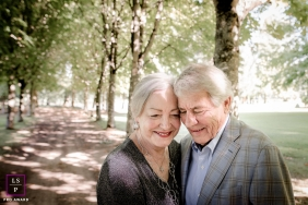 France Photographer captured this portrait of an older couple in a park setting.