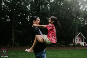 playing in the rain of Parana, Brazil | family portrait photography