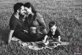 Family portrait in natural light | Rio Grande do Sul Lifestyle Photography