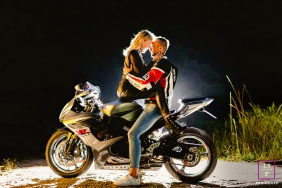 """Santa Catarina Lifestyle Photographer """"After some amazing photos in the mountains, we stopped for a little rest, as it was already dark, I used the flash to highlight the couple."""""""