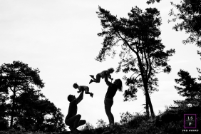Noord Hollandlifestyle photography shoot from Amsterdam with a Family silhouette