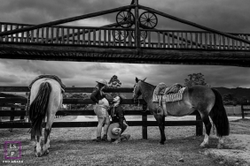 Brazil Bigger love lifestyle maternity portraits from a farm ranch in Santa Catarina with horses