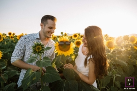 Lyon sunflower love session during this Auvergne-Rhone-Alpes couple shoot