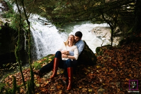 Lyon Auvergne-Rhone-Alpes lifestyle couple image shoot near a waterfall