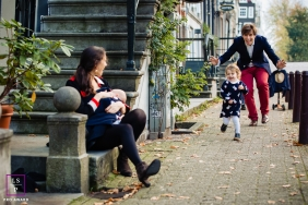 Amsterdam Noord Holland lifestyle picture session - Spontaneous family portrait
