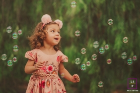 Minas Gerais Creative Lifestyle Portrait image of a young girl surrounded by bubbles