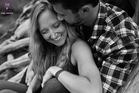 Artistic Seattle Lifestyle Photography of a couple hugging and laughing together