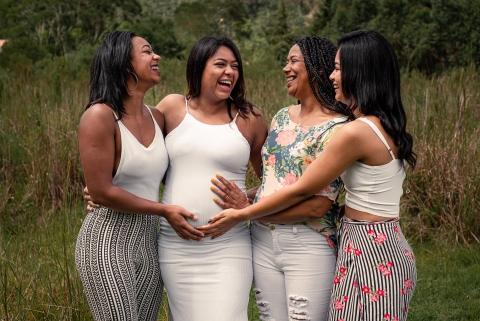 Nova Friburgo lifestyle family maternity portrait