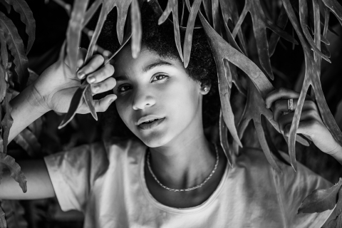 Minas Gerais teen portrait in black and white during this Brazil lifestyle session