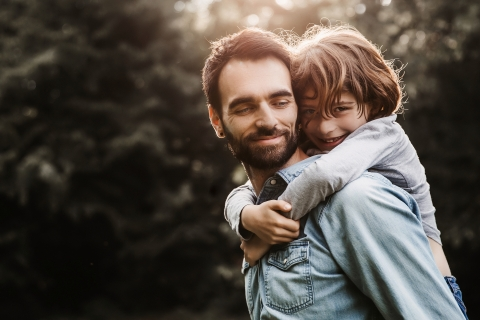Ain Creative Lifestyle Portrait image of father and son in the afternoon light