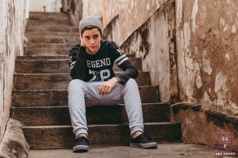 Rio de Janeiro Brazil Teen Photographer | Lifestyle Image contains: portrait, photoshoot, outdoor, session, solo, stairs, city, beanie, sitting down