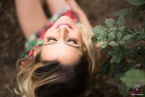 Lifestyle Woman Portraits Macae Rio de Janeiro - Photo contains: woman, leaves, close-up, upside down, color, hair, smiling