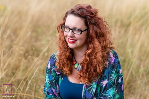 Woman Portrait Session in Aberdeenshire Scotland | Lifestyle Photography contains: woman, glasses, field
