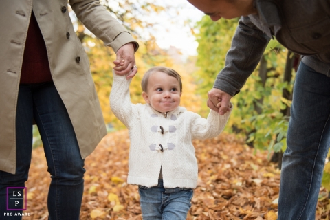 Akershus Lifestyle Fall Family Portrait Session Norway | Photo contains: mother, father, child, autumn, walk, trail