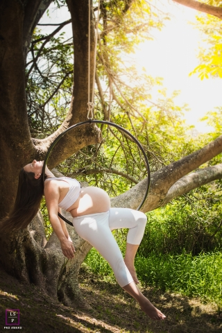 Brazil Maternity Lifestyle Portrait Session | Photo contains: Sao Paulo, mother, hair, aerial hoop, tree, color, creative, photo shoot