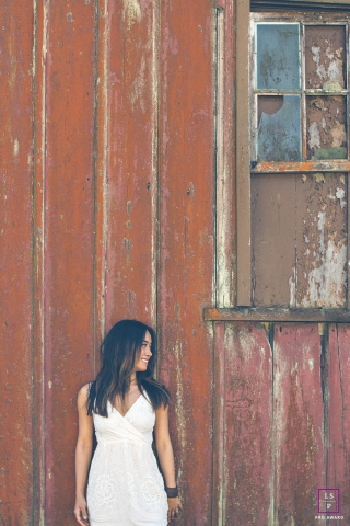Sao Paulo Rustic Lifestyle Female Portraits | Photo contains: woman, barn, color, window, outdoors, posing, shot
