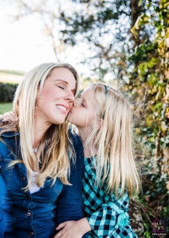Nashville	Tennessee Family Lifestyle Photography | Image contains: mother, daughter, outdoors, kiss, ideas, picture, color