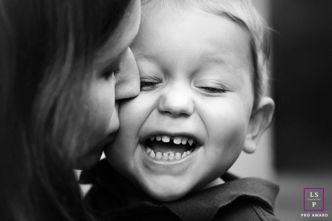 Herault Lifestyle Portraits | Photo contains: Occitanie Mom and Toddler Boy Laughing