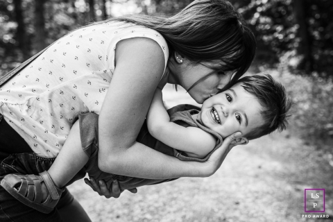 Bourgogne-Franche-Comte mum and son portrait by France lifestyle photographer.