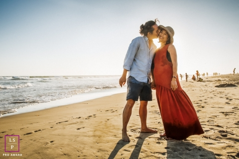A CA lifestyle portrait shoot in San Francisco with some Love on the beach