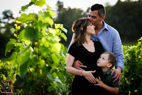 Lyon Auvergne-Rhone-Alpes lifestyle family maternity photography session