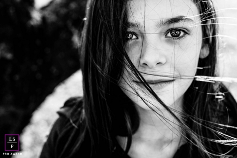 Artistic France Lifestyle Photography black and white Portrait of a teenager