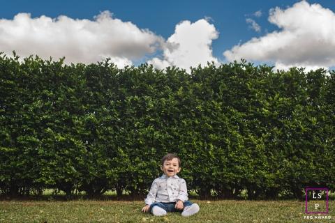 O fotógrafo da Campo Grande Lifestyle criou este retrato artístico mostrando a alegria do garotinho