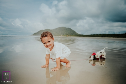 Artistic Diadema Lifestyle Photography with a toddler who loves the beach