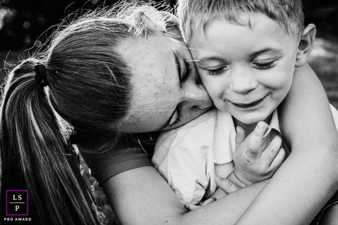 Artistic France Lifestyle Photography of A girl who comforts her cousin