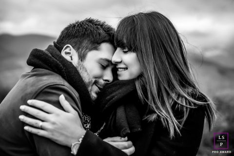 Ain Creative Lifestyle Couple Portrait, black and white image of the couple hugging