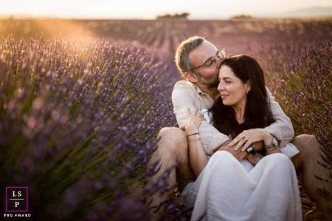 This is a lifestyle photo from Bouches-du-Rhone of a Couple with lavenders