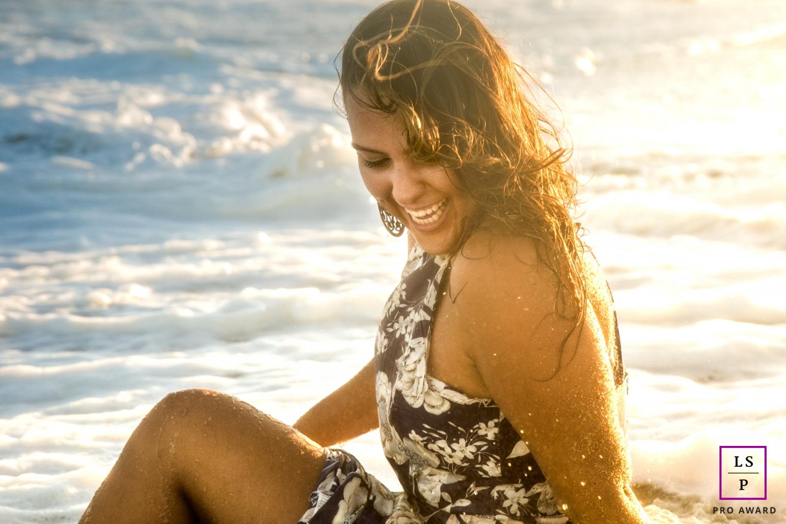 Rio de Janeiro Lifestyle Portraits at the Beach - Photo contains: ocean, woman, wet, color, sunset, gold, light, picture