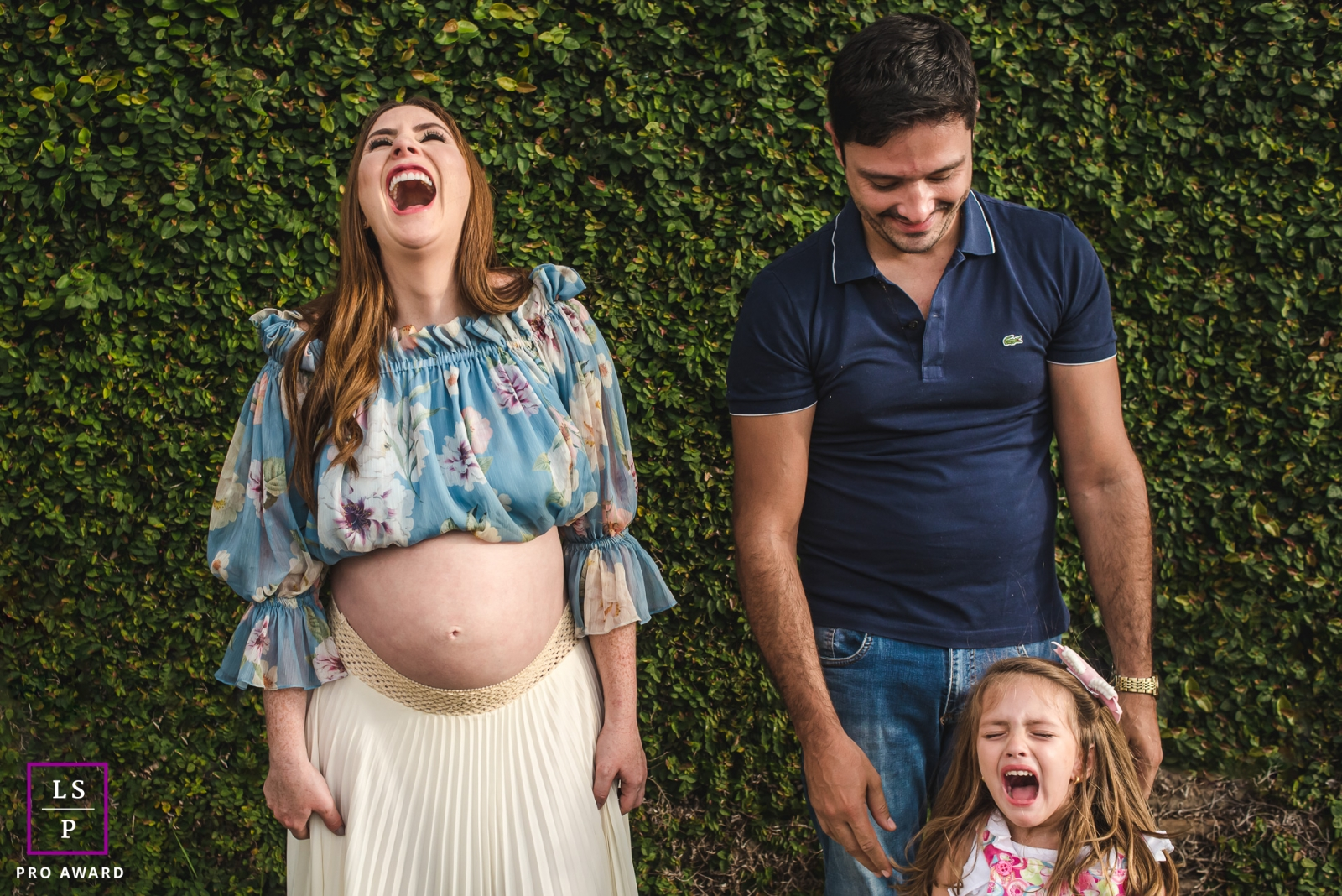 Campo Grande Lifestyle Family Photographer created this artistic portrait with the showing of some Jealous