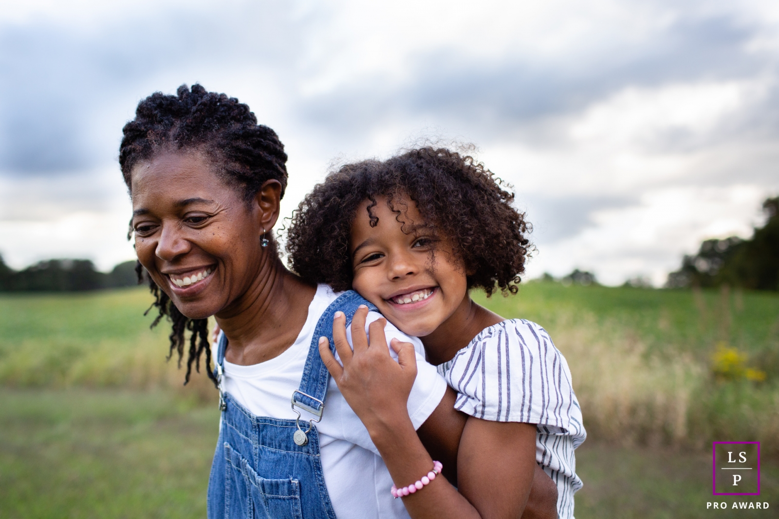 New York - Long Island mother and daughter portrait shoot in the fields