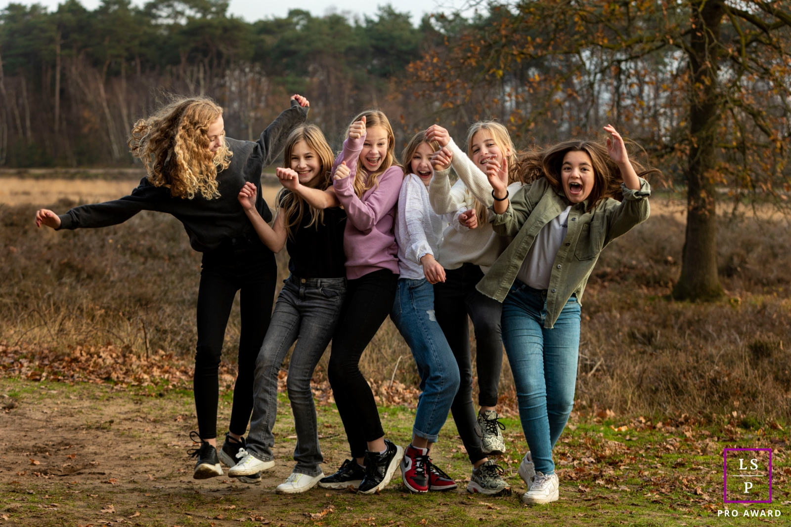 Artistic Gelderland Lifestyle Photography showing some Ladies fun times outside