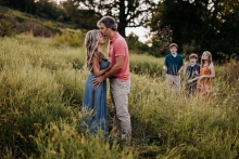 Nashville Lifestyle Photographer created this artistic portrait of this family of five, with teen children