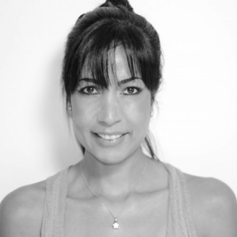Claudia Ruiz is a Rio de Janeiro Lifestyle Photographer