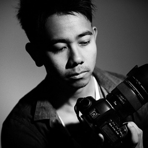 Portrait of Bangkok Lifestyle Photographer Tom Barrett - For Asia and Thailand