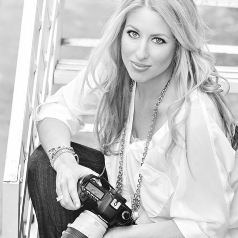 Emily Harris is a lifestyle photographer in Miami, Florida